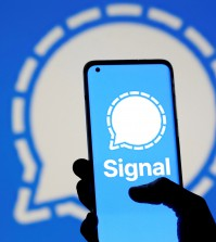 Photo illustration of Signal messaging app